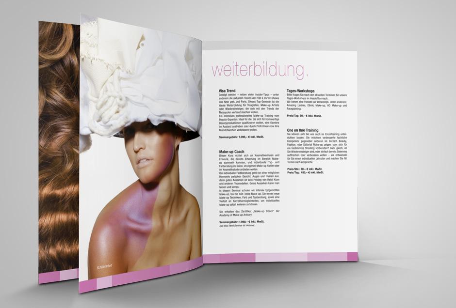 Weiterbildung Broschüre, Grafik und Design von Moritz Dunkel