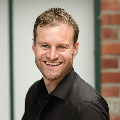 Der Kölner Webdesigner und Grafikdesigner Moritz Dunkel